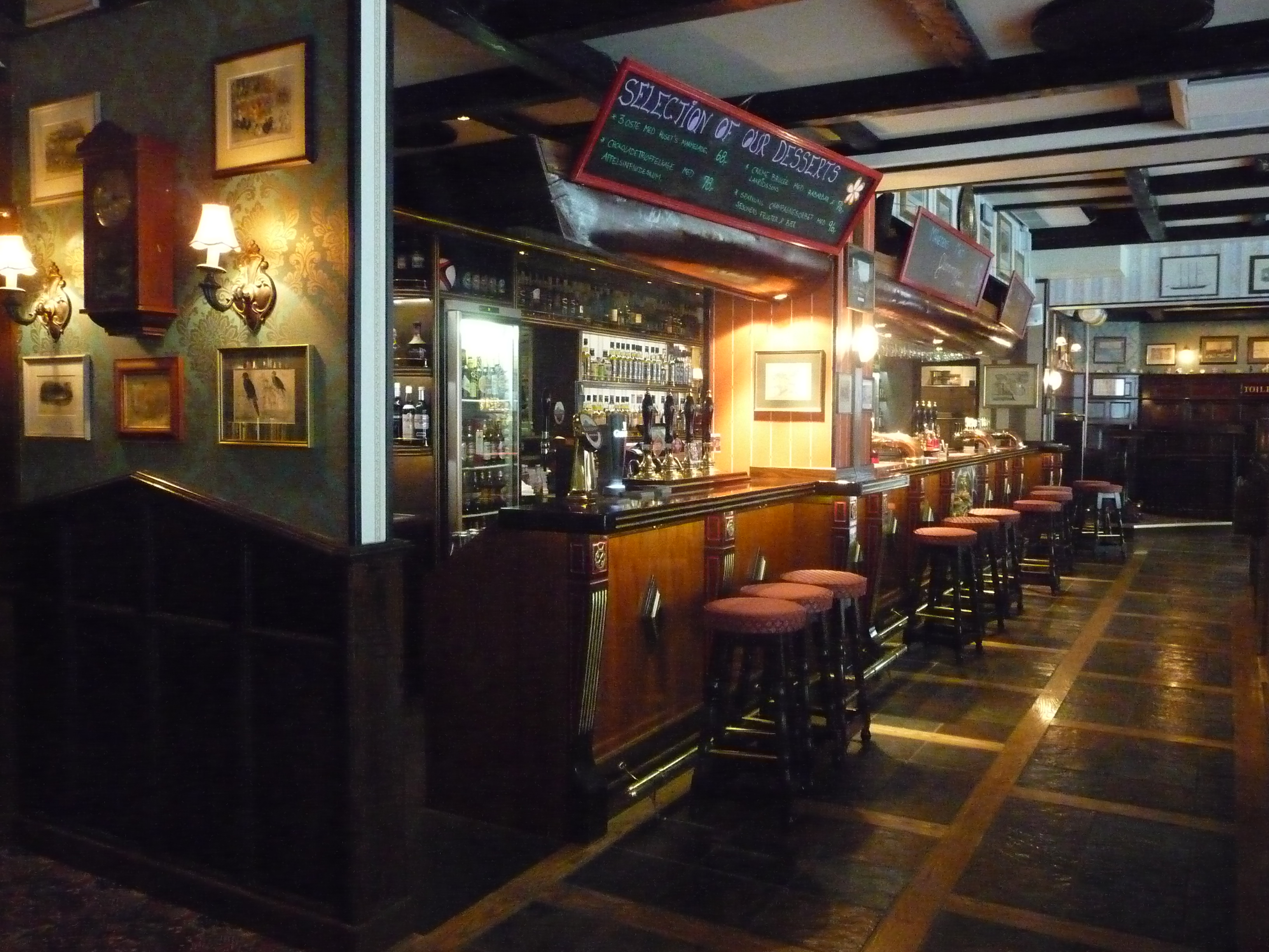 Bishops Arms, Copenhagen | Knut Albert\'s beer blog