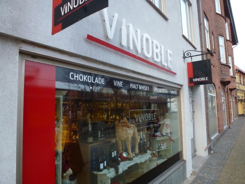 Vinoble store front
